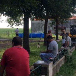 San Jerónimo Sud. En un campo de esa localidad, que sería del abogado de un imputado, encontraron parte de los equipos y materiales.