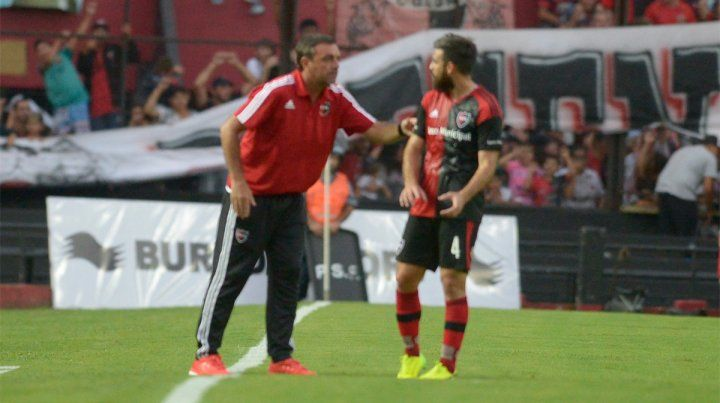 José San Román sufrió la fractura durante el segundo amistoso entre Newells y Colón.