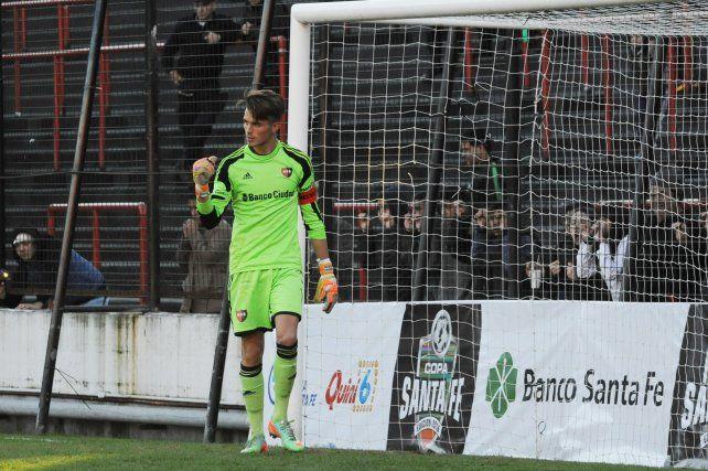 Newells: Unsain se va a jugar al Halcón, Fértoli renovó y se fracturó San Román