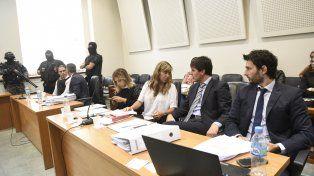 Juicio oral. Luego de la sexta jornada del juicio oral contra Ochoa desarrollada ayer, para hoy están previstos los alegatos finales de las partes.