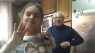 Un abuelo se animó a bailar Despacito y se convirtió en un éxito instantáneo en YouTube