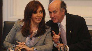 Piden que Cristina y Parrilli  expliquen por qué dijeron que Stiuso tiene carpetas de jueces y fiscales
