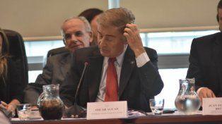 ministro. Aguad fue a explicar el acuerdo con el Correo y enfrentó un ambiente tenso en Diputados.