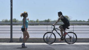 Otra jornada de calor con máxima de 34 grados y alerta amarillo para Rosario y alrededores