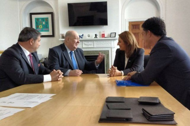 Es el primer acuerdo bilateral entre ciudades de Argentina y Gran Bretaña después de Malvinas.