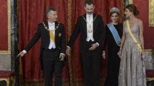 protocolo. Macri y la primera dama, Juliana Awada, fueron agasajados por en el Palacio Real por el rey Felipe VI y la reina consorte Letizia Ortiz.