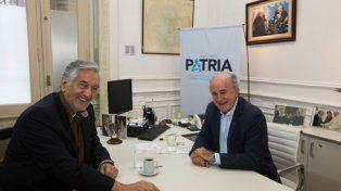 Aval. Alberto Rodríguez Saá visitó a Parrilli en el Instituto Patria.