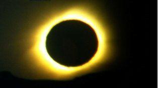 Espectacular. Eclipse anular tomado por Arquiola en 2010.