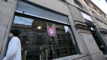 El establecimiento educativo, ubicado en la actualidad en España al 400, es uno de los primeros fundados en la ciudad.
