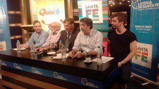 Las autoridades de la Lotería de Santa Fe y del club Colón brindaron detalles del partido del sábado.