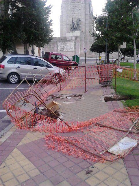 Las fotos y mensajes de los lectores de La Capital: trapitos peleando en el parque