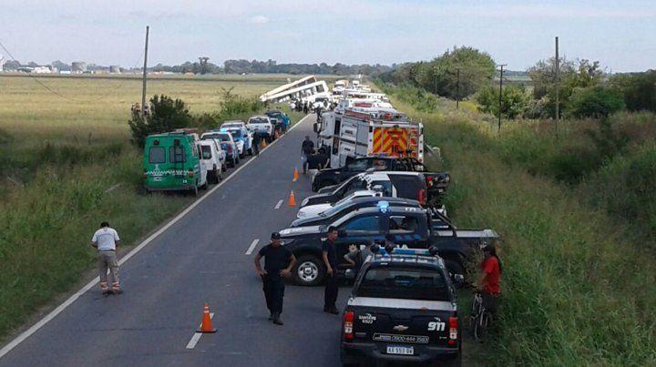Doce muertos y seis heridos graves en el choque entre dos micros en la ruta 33