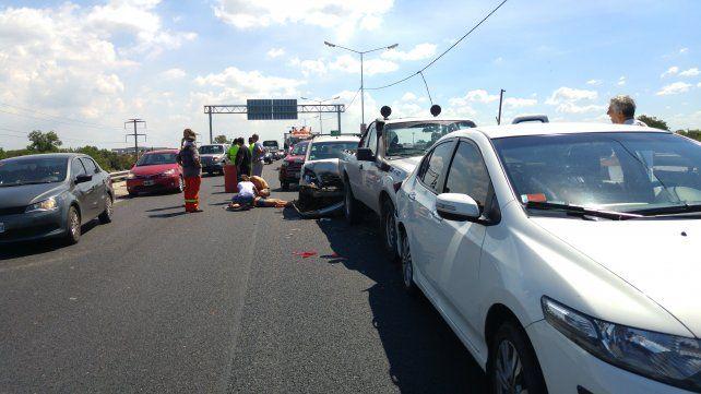 Cinco personas resultaron heridas en un choque en cadena en la avenida de Circunvalación.