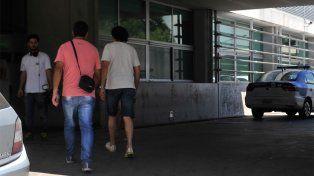 Los familiares de pasajeros de la tragedia sobre ruta 33 recorrieron hospitales de la ciudad.