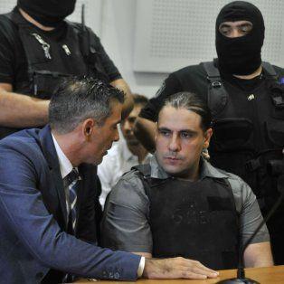 ¿Por qué? Tras escuchar el fallo Diego Panadero Ochoa miró a su abogado sorprendido por el resultado del juicio.