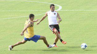 La Fiera Rodríguez durante el amistoso contra Atlético Paraná. El contrato del capitán vence en junio.