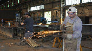 Retroceso. La producción industrial tuvo un 2016 para el olvido e inclinó negativamente los números.