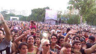 Unas 10 mil personas disfrutan del Personal Fest en el Parque Nacional a la Bandera.