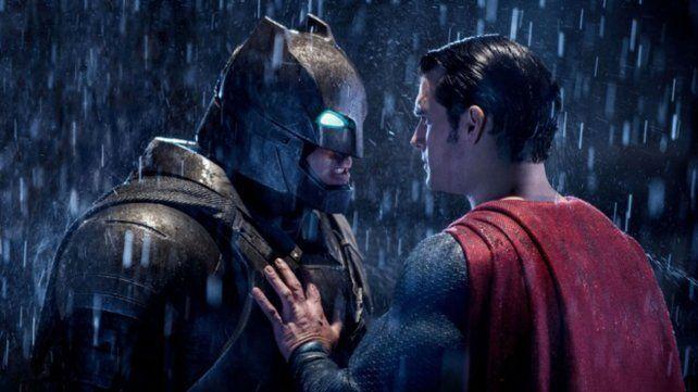 Batman vs. Superman y un documental sobre Hillary Clinton, los peores films según los Razzie