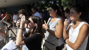 pertrechados. Unos doscientos rosarinos respondieron al convite gratuito del Observatorio Municipal.