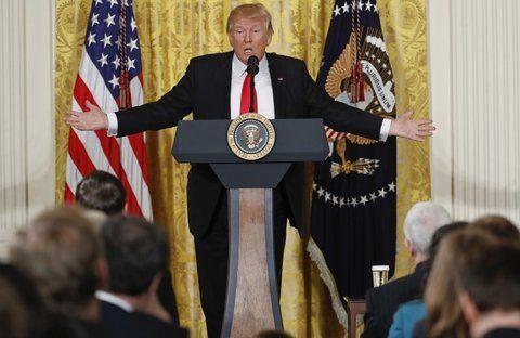 Se ahonda la brecha. Trump suele atacar a los medios críticos