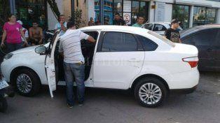 bajo pericias. El Fiat Siena en el que iban los agresores del policía quedó en manos de la PDI.