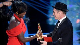 El premio a Mejor Actriz de Reparto fue para Viola Davis por su labor en Fences.