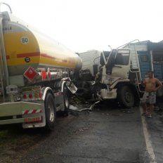La colisión se produjo en el kilómetro 15 de la autopistaBrigadier General Estanislao López.
