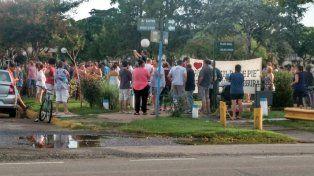 Luego de la tragedia, vecinos de Zavalla se manifiestan en reclamo de justicia