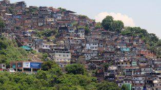 La mujer, de 42 años, ingresó junto a su marido en auto a la favela Morro dos Prazeres, en Santa Teresa, Río de Janeiro.