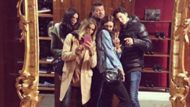 Las fugaces vacaciones de Marcelo Tinelli junto a cuatro de sus hijos por las calles de Nueva York