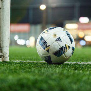La pelota podría empezar a rodar mañana a la noche en el gigante de Arroyito con Rosario Central y Godoy Cruz.