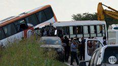 El choque frontal entre micros de Monticas ya suma 13 víctimas fatales.