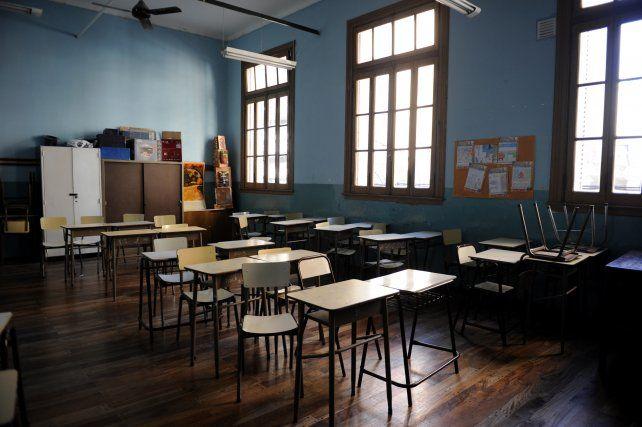 Las clases no arrancan y las aulas estarán vacías al menos tres días de la próxima semana.