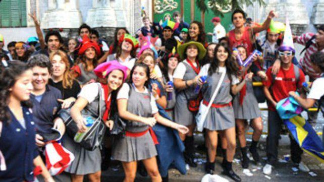 El municipio aplicará sanciones al festejo del último primer día de los secundarios