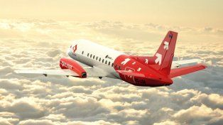 Presentaron el primer avión de una compañía española low cost que unirá Rosario con otros destinos