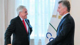 del palo. Macri recibió ayer al ex mandatario chileno Sebastián Piñera.