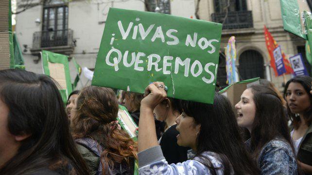 El municipio dispuso colectivos gratis para quienes participen de la marcha por el Día de la Mujer