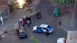 El choque se produjo en la esquina de Paraguay e Ituzaingó. (Foto Twitter @AleMoresco)