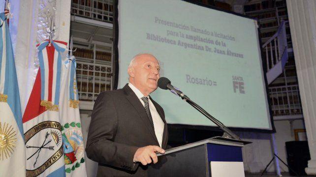 El gobernador presentó el proyecto de ampliación y remodelación de la Biblioteca.