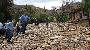El gobernador Gerardo Morales visitó la zona donde se produjo el alud.