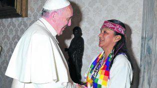 Francisco y Milagro. El Papa cuando recibió a la líder de la Tupac.