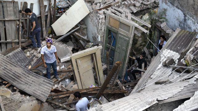 A un año de la explosión en Balcarce 23 bis, piden demoler el edificio por riesgo de derrumbe