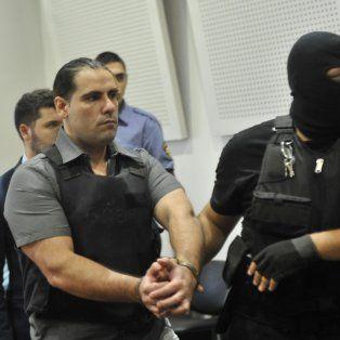 Diego Panadero Ochoa sale de la sala del tribunal que lo condenó a prisión por el crimen del Pimpi Caminos.