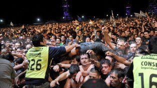 La multitud que acudió a la cita del Indio Solari en Olavarría.
