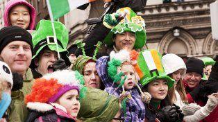 El mundo se tiñe de verde en honor a San Patricio