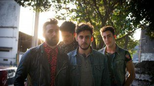 La banda rosarina presenta su álbum debut Buenas tardes