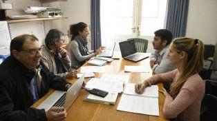 Los profesionales que integran el equipo de la Secretaría de Extensión Universitaria de Ciencias Médicas.