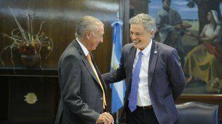 Acuerdo. Cornide (Came) firmó el convenio ayer junto a Cabrera.