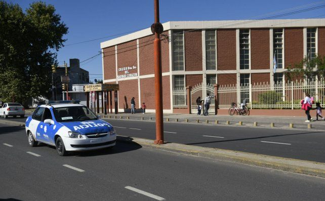 El establecimiento. Las autoridades de la escuela llamaron a la policía e hicieron la denuncia.